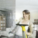 Aspirator pentru curatat geamuri