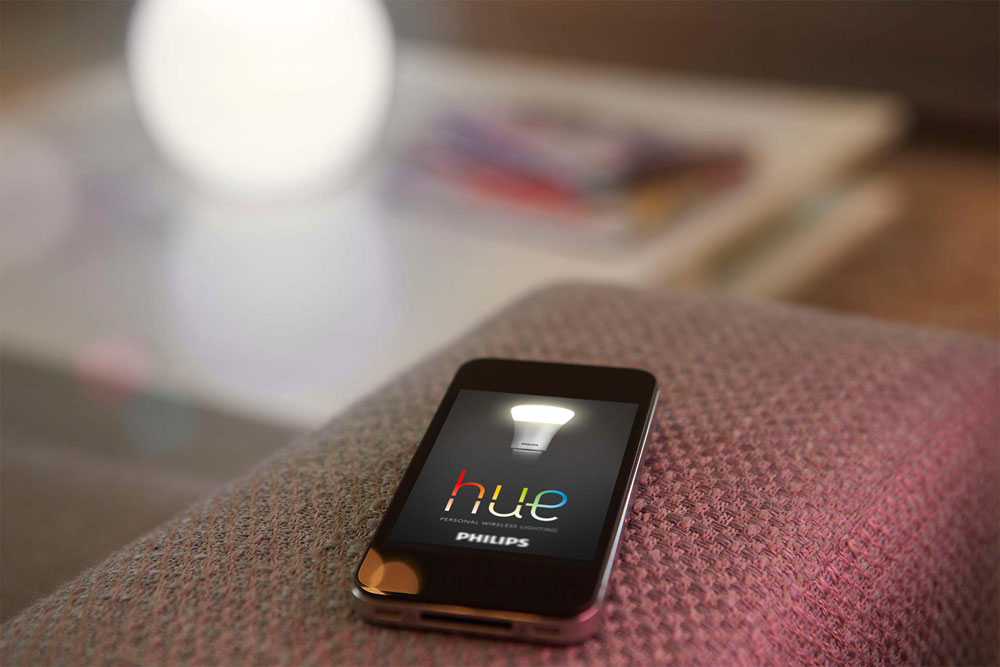 philips hue becuri led rgb telecomandate wireless. Black Bedroom Furniture Sets. Home Design Ideas