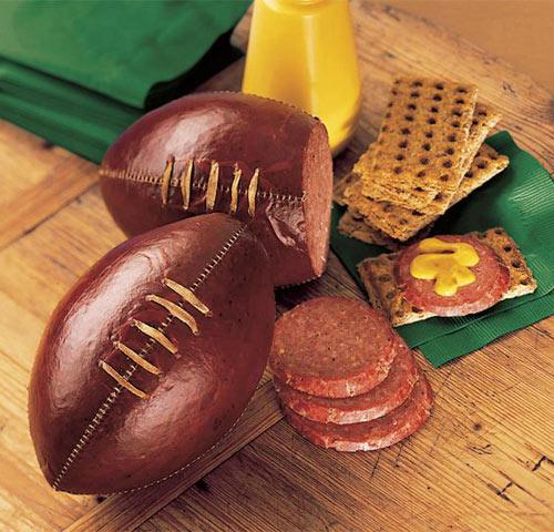 salam in forma de minge de fotbal