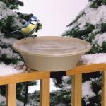 Vas bol apă încălzită pentru păsări